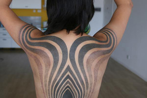 Curves And Lines Back Taattoo