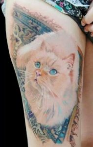 Lovely White Cat Thigh Tattoo